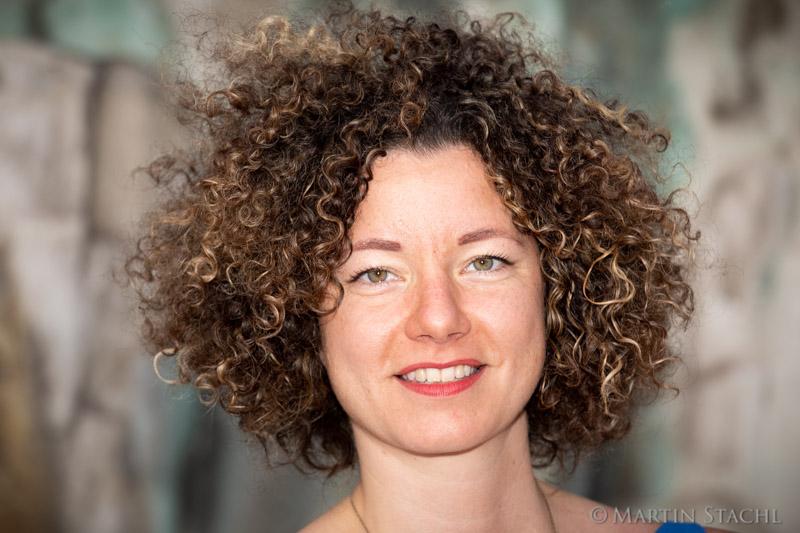 Martha Bißmann, Liste Pilz, für Sonntagsinterview, Stadtcafe Freyung